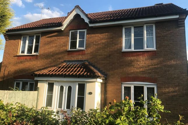 Thumbnail Detached house for sale in Attenborough Close, Thorpe Astley, Leics