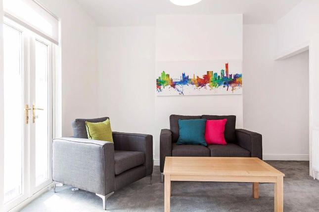 Thumbnail Flat to rent in Ayrshire Road, Salford