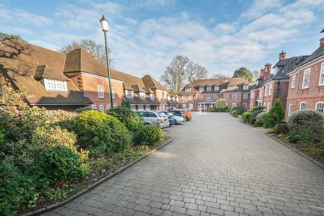 Thumbnail Mews house for sale in The Coach House, Bracken Place, Chilworth, Southampton