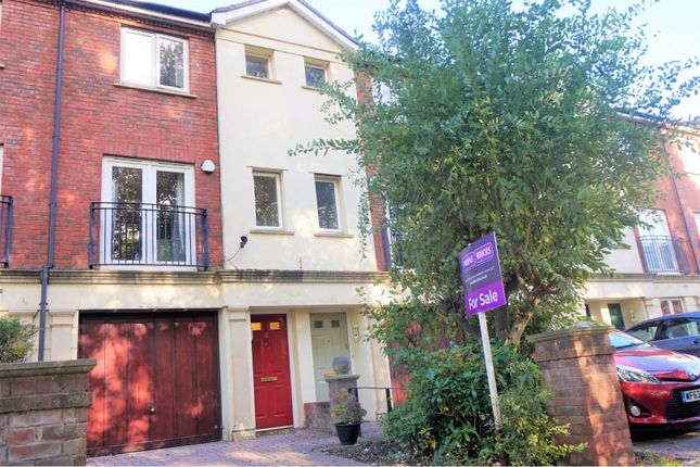 Thumbnail Town house for sale in Mitre Court, Taunton