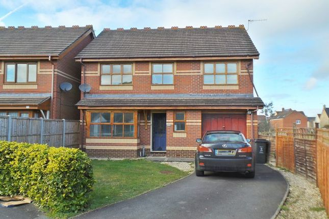 Thumbnail Detached house to rent in Primrose Close, Swindon