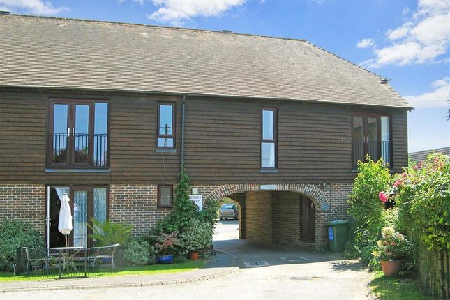 Thumbnail Flat for sale in Farm Close, Barns Green, Horsham, West Sussex