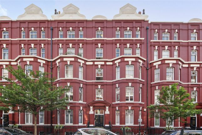 Thumbnail Property for sale in Oxford & Cambridge Mansions, Transept Street, London