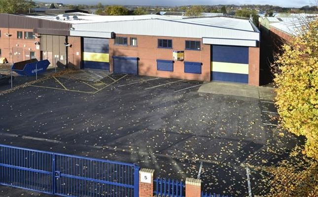 Light industrial to let in Unit C, Confederation Park, Lowfields Road, Leeds