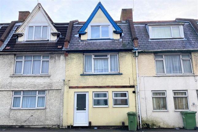 Thumbnail Flat for sale in Black Bull Road, Folkestone