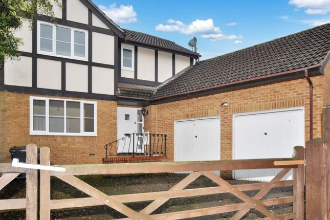 Thumbnail Detached house to rent in Shannon Close, Lower Stondon
