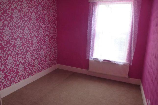 Bedroom of Highgate Lane, Goldthorpe, Rotherham S63