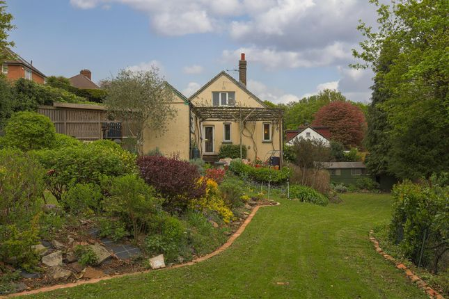 Thumbnail Detached house for sale in Rural Way, Redhill