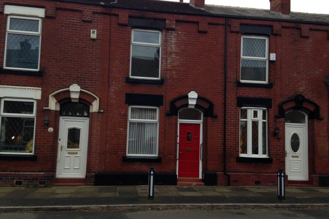 Thumbnail Terraced house to rent in Gould Street, Denton