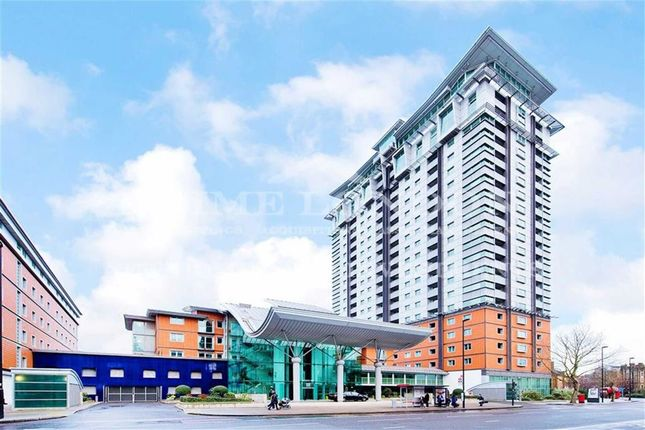 2 bed flat to rent in The Perspective Building, Waterloo, London