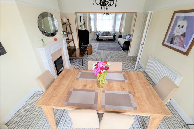 Thumbnail Terraced house to rent in Middleton Gardens, London
