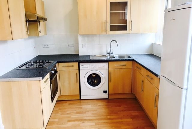 Thumbnail Flat to rent in Penge Road, Anerley, London