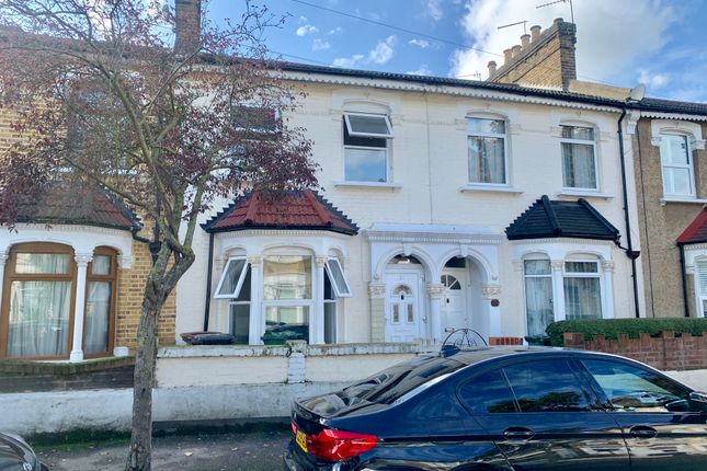 Thumbnail Terraced house to rent in Beaconsfield Road, Leyton, London