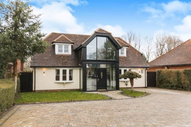 5 bedroom detached house for sale in Basingstoke, Hampshire
