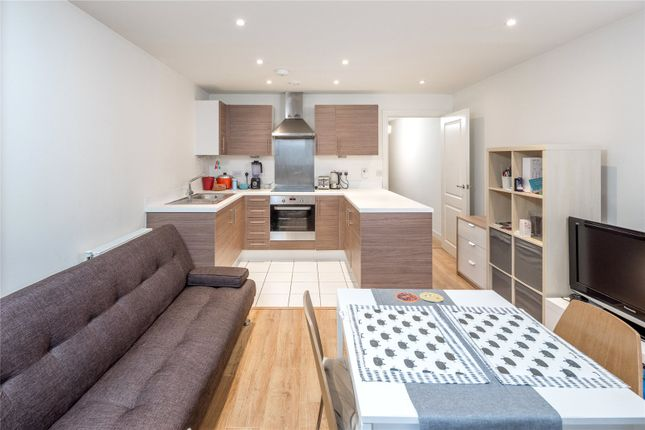 Thumbnail Flat for sale in Merlin Heights, Hale Village, Waterside Way, London