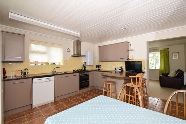 Thumbnail Bungalow for sale in Green Lane, Boughton Monchelsea, Maidstone, Kent
