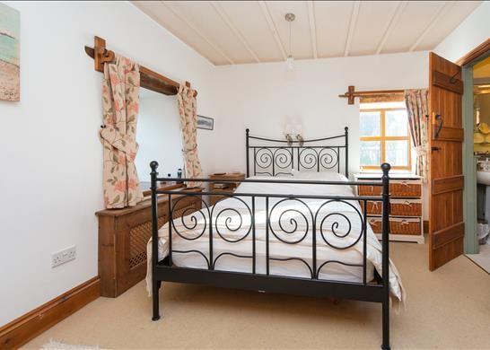 Bedroom of Bredons Norton, Tewkesbury, Worcestershire GL20