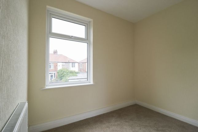 Bedroom of Ailsa Avenue, Blackpool FY4