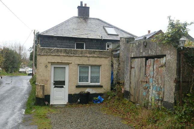 Thumbnail Cottage for sale in Tremar, Liskeard, Cornwall