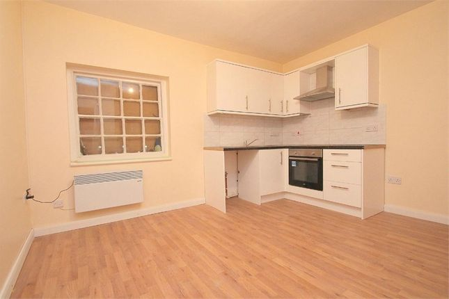 Thumbnail Detached house to rent in High Street, Colnbrook, Berkshire