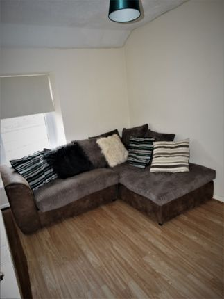 Thumbnail Flat to rent in Rowan House, Coedpenmaen Close, Pontypridd, Rct