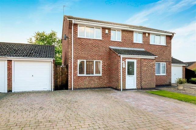 3 bed semi-detached house to rent in Wexford Close, Oadby, Leicester LE2