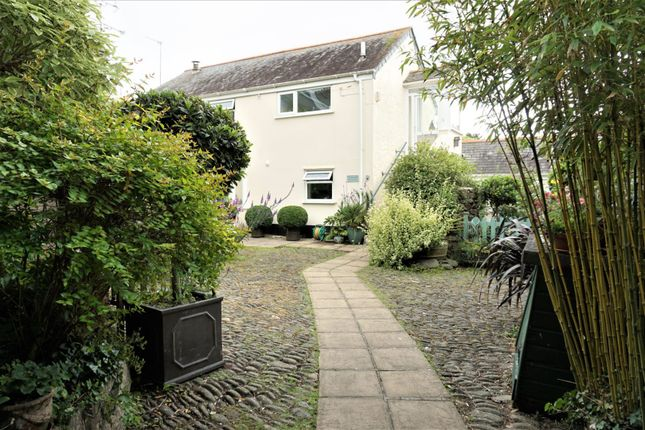 Thumbnail Cottage for sale in Fore Street, Goldsithney