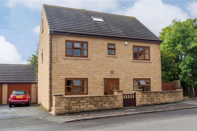 Thumbnail Detached house for sale in Valley Road, Pudsey