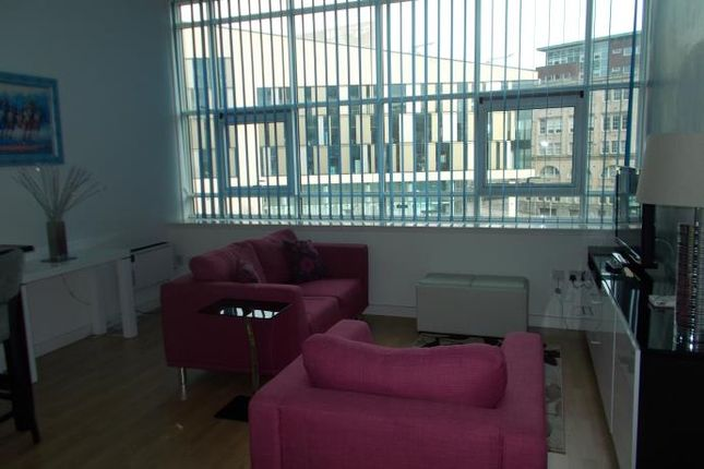Thumbnail Flat to rent in Albion Street, Glasgow