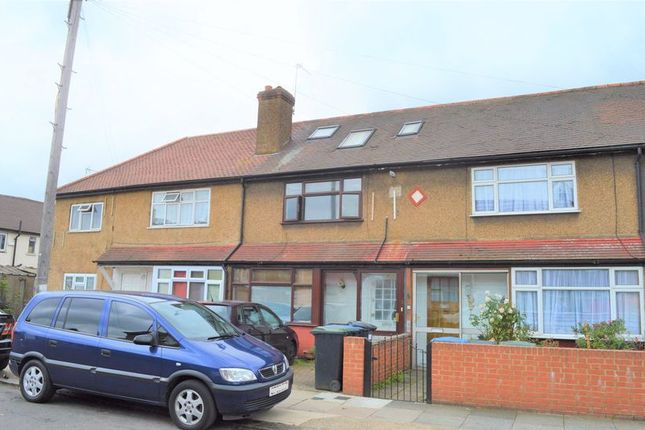 Thumbnail Terraced house for sale in Middleham Road, London