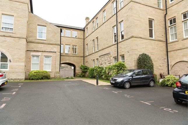 Thumbnail Flat for sale in Charlotte Close, Halifax, West Yorkshire