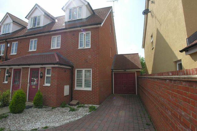 Thumbnail Town house to rent in Sun Street, Sawbridgeworth