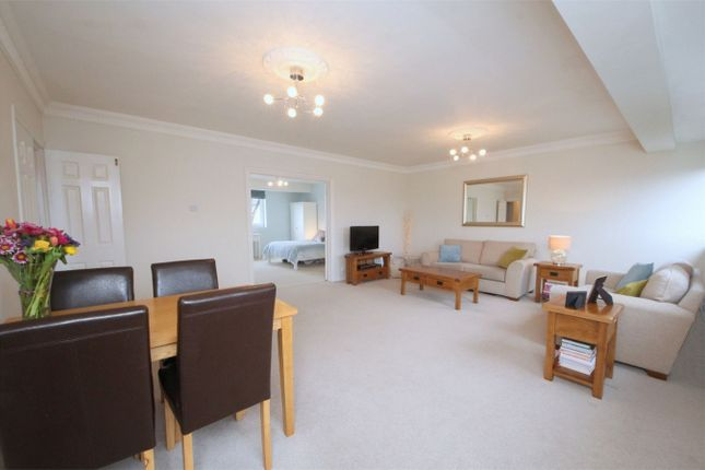 Thumbnail Flat for sale in Windmill Hill, Enfield, Greater London