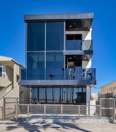 Thumbnail Semi-detached house for sale in 3007 Ocean Front Walk, Los Angeles, Us