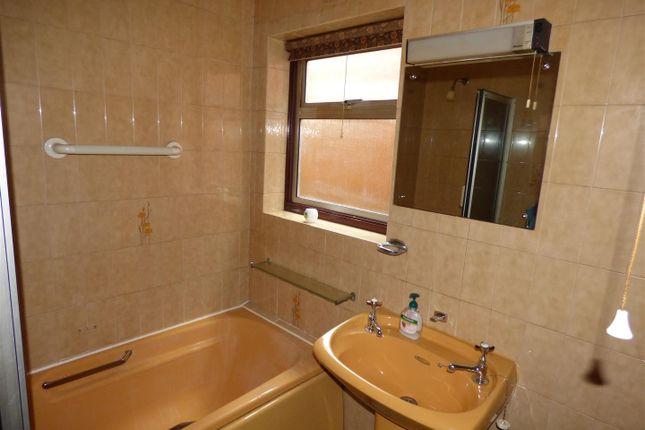 Bathroom of Conway Street, Long Eaton, Nottingham NG10