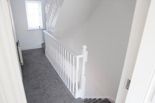 Hallway of Acasta Way, Hull HU9