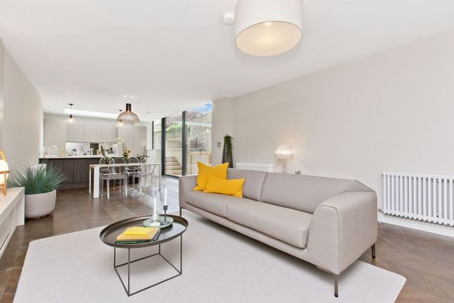 Thumbnail Flat for sale in 5A Melville Crescent, Edinburgh
