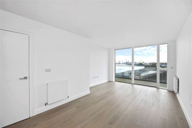 Picture No. 26 of Wyndham Apartments, 60 River Gardens Walk, London SE10