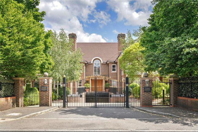 3 bed flat for sale in Tudor Grange, 83 Oatlands Drive, Weybridge, Surrey KT13