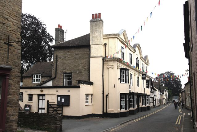 Thumbnail Pub/bar for sale in Kington, Herefordshire