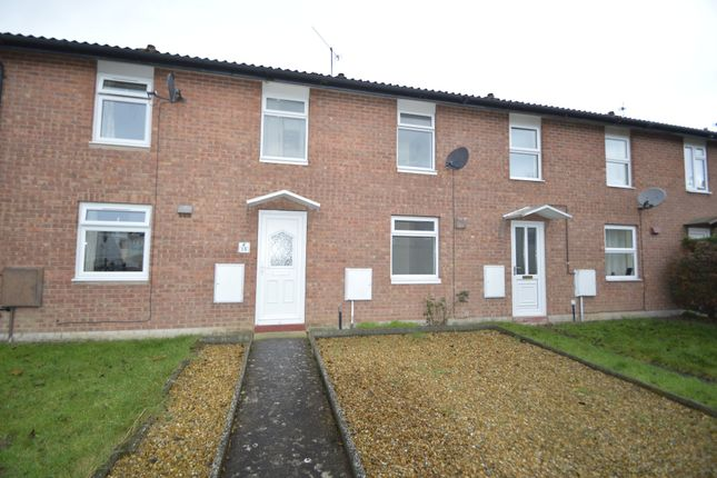 3 bed terraced house to rent in Spinney Path, Monkmoor, Shrewsbury, Shropshire