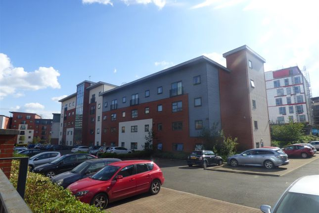 Flat for sale in Woden Street, Salford