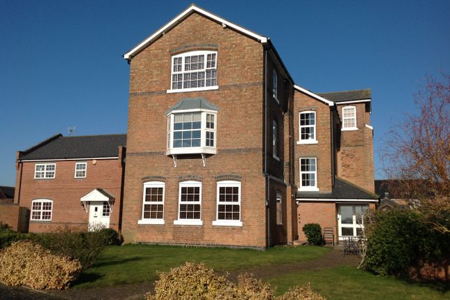 Thumbnail Flat to rent in Alderman Way, Weston Under Wetherley