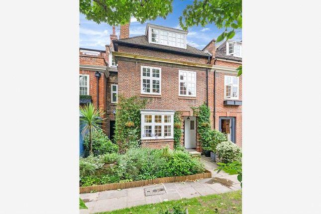 Thumbnail Terraced house for sale in Chelsea Park Gardens, London