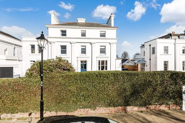Thumbnail Semi-detached house for sale in Crescent Road, Gosport