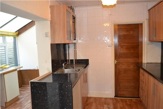 Thumbnail Terraced house to rent in Bishopstone Road, Gloucester