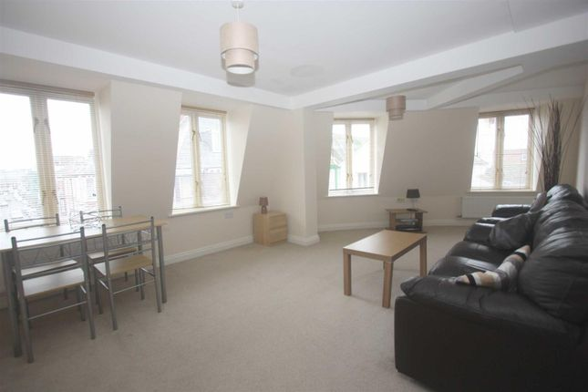 Thumbnail Flat to rent in Gloucester Mews, Weymouth