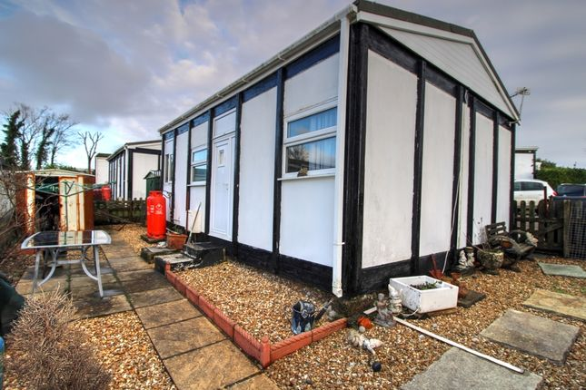 1 bed mobile/park home for sale in Truthwall, Crowlas, Penzance TR20