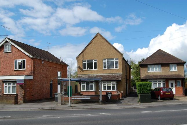 1 bed flat for sale in New Haw Road, Addlestone