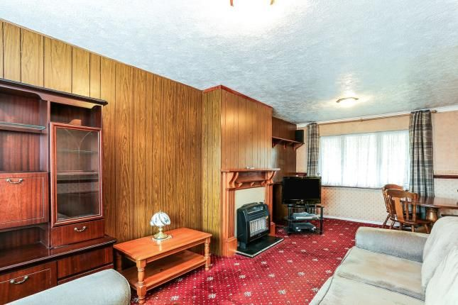Lounge of Heath Way, Birmingham, West Midlands B34